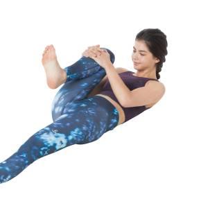 腹直筋を鍛える筋トレ系ヨガポーズ2つ|寝たままOK!強い体幹を作ろう