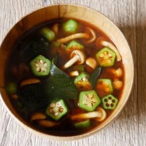 ダイエットによる便秘も予防|なめことおくらの味噌汁【痩せる和風スープ #4】