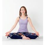 中村優希が瞑想をしている