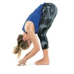 基本のポーズ・立位前屈を深めるためのアプローチ