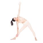 背骨が丸まって前傾すると体側に効かない。