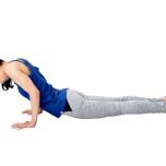 腹圧が抜け、背中が湾曲するのも腹筋不足。