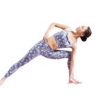 太腿内側の内転筋やお尻の臀筋が硬く縮んでいると、脚を外側へ開く動きに制限がかかります。十分に伸ばすことで、力強い脚の開きが可能に。