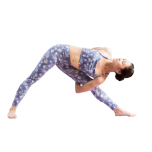 脚を外側へ回すためにはハムストリング、内転筋の柔軟性を高めること。そして、骨盤を安定させ、股関節をなめらかに動かすことがポイントです。