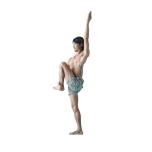 立位から左膝を曲げ、右手でかかとを外側から持つ。左手は上へ。