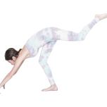 背中を丸めて脚を上げるとグラつく原因に。胸が内側に入らないように背筋を伸ばして。