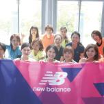 ニューバランス主催の女性のためのスポーツイベント「GIRLSNIGHTOUT」。ピラティス、ランなどさまざまなスポーツクラスがあるなかで、ヨガクラスを担当。
