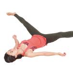 1のポーズを5分以上とったら、両脚を無理のない程度に開いて5分以上。股関節がゆるみリンパの流れも促進。