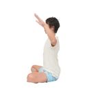 アーサナの前後に肩の筋肉の柔軟性をチェック