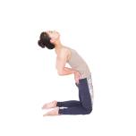 胸と鼠蹊部が壁から離れると苦しく、腸腰筋も働きにくい。
