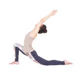腸腰筋を意識できるようになると、伸展系のポーズで体の前面の伸びがスムーズになります。