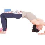 ブロックを使い中臀筋の位置とアライメントを確認