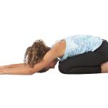ヨガを練習している人なら知っているだろう。アーサナと瞑想がどれほどグラウンディングや具体化の感覚をもたらし、生き方をも変えることを。アーサナと瞑想の練習はすべての人、特に日々成長する子供たちにとっても
