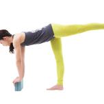 骨盤の向きを整えよう|立位ポーズ「アルダチャンドラーサナ」が安定する練習法