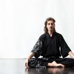 アーユルヴェーダ的「日中の眠気・無気力」対処法|ポーズ&ペアワーク
