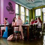 NY Jivamukti Yoga スタジオ内のビーガンカフェ