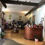 ハワイのロコに人気の複合スタジオ|Still & Moving Center