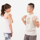 ねじった安楽座を手でねじっている時は|理学療法士に聞くやりがちポーズ改善法