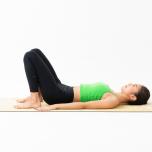 寝る前30秒で「垂れ尻」に弾力を|痩せやすい冬こそ♡ボディメイクヨガ