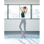春はニュアンスカラーが気分!emmi yogaに学ぶ大人のカラーコーデ