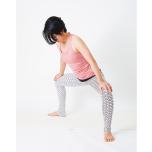 トリコナーサナで体が倒せない…内転筋・中臀筋をほぐす3つのストレッチ