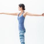 立位の開脚前屈からツイストできる?柔軟性が上がる+1動作とは
