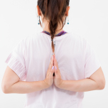 肩甲骨を動かして燃えやすい体を作るチェアヨガ