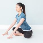 鳩のポーズで膝が痛い…股関節が硬いと辛い3つのポーズと予防法