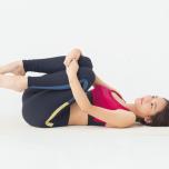 開脚しやすい股関節へ|背骨のゆがみを整える3つの準備運動