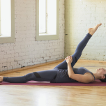 伸びる・曲がる…健康的な「神経」へ導く6つのヨガポーズ