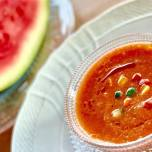 食欲のない朝やダイエットにおすすめ|スイカ+夏野菜で作る冷製スープ「ガスパチョ」の簡単レシピ