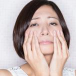マスクの下で…顔のたるみが止まらない!?顔の筋肉を鍛える簡単ヨガトレ