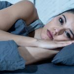 安眠を妨げる「心の緊張」…身体のどこに存在するの?【ヨガと睡眠 ♯10】】
