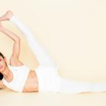 股関節を柔軟に!「横向きの脚上げ」が決まる3つのワーク