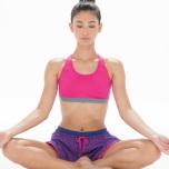 集中力と安定感を高める。アシュタンガヨガの基本呼吸「ウジャイ呼吸」をマスターするヒント