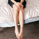 美脚の秘訣は朝にあり!「宵越しむくみ」を解消する血行UPストレッチ