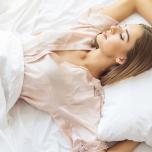 目覚めすっきり!良質な睡眠をもたらす「安眠ヨガ」4つのポーズ
