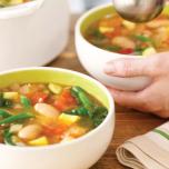 ミネラルたっぷり!インゲン豆とカラフル野菜のスープ ヨギのヘルシーレシピ