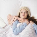 寒くて眠れない夜に。寝る前5分のヨガでぐっすり!巡りをよくするポーズ