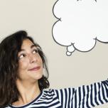 「何も考えないなんて無理!」シャヴァーサナ中どうしても考えてしまう人へのアドバイス