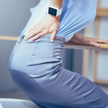長時間座っていると腰が痛くなる理由|ヨガ解剖学