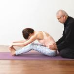 股関節がラクに開く!骨・関節にアプローチする「ホネナビ体操」とは