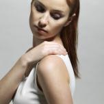「肩こり」原因の筋肉を知ろう!理学療法士による3つの肩こりセルフマッサージ