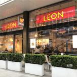 ファストフードなのにヘルシー!?イギリスで大人気の「LEON」【ロンドンヨガ通信】