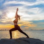 柔軟性を高めるのにヨガの太陽礼拝が良い理由3つ