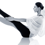 「舟のポーズ」が上達!ツイスト腹筋で体幹を強化しよう 人気ヨガ講師がアドバイス