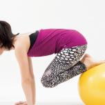 #柔軟性を諦めない!硬さの原因は筋力と体のクセにあり?前屈のための準備運動