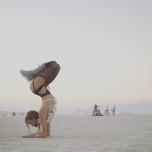 #YogaLOVER アメリカで一番クレイジーなフェスにも参加!ダイナミックなフェスガールヨギ