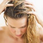 セレブ御用達ヘアスタイリストが指南|センシティブスキン向け、健やかで美しい髪と頭皮のためのケア