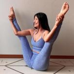 股関節の柔らかさと体幹力に注目!インスタで発見♡ヨガポーズ写真集vol.90